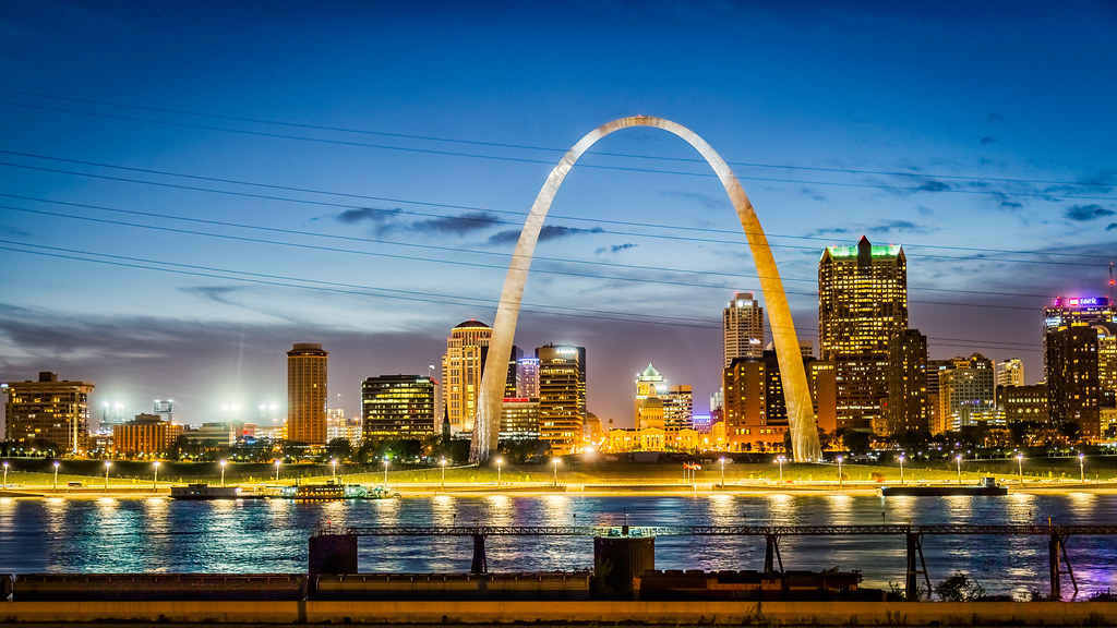 Gateway Arch St Louis from Illinois  From Wikipedia  The   Flickr