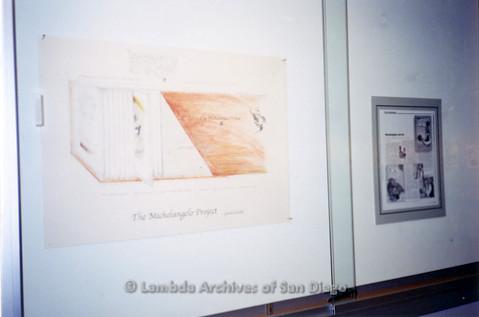P126.041m.r.t Michelangelo Project by Jim Machecek: Crowd of visitors looking at exhibit
