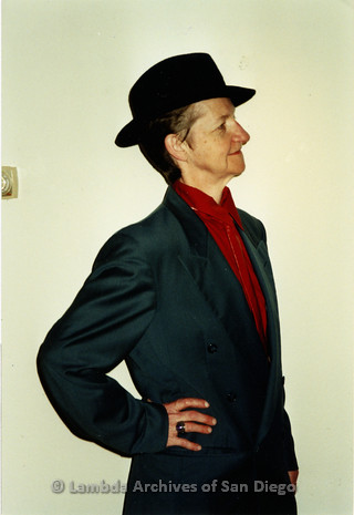 "P198.003m.r.t Benefit for HWE at ""The Hole"": Profile of Sharon Parker dressed in drag"