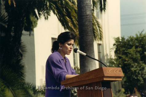 P116.008m.r.t San Diego Walks For Life 1986: Profile view of Susan Golding speaking at podium outside