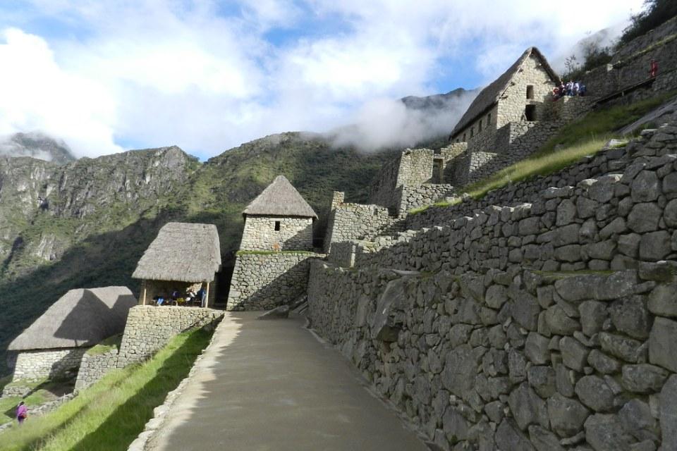 almacenes Corral de llamas y Terrazas de cultivo o andenes Machu Picchu Peru 12