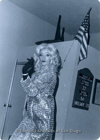 P355.077m.r.t MCC Oceanside Benefit 1976: Drag queen performing