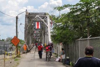 En twee dagen later reed ik Panamá via deze brug uit. Hello Costa Rica.