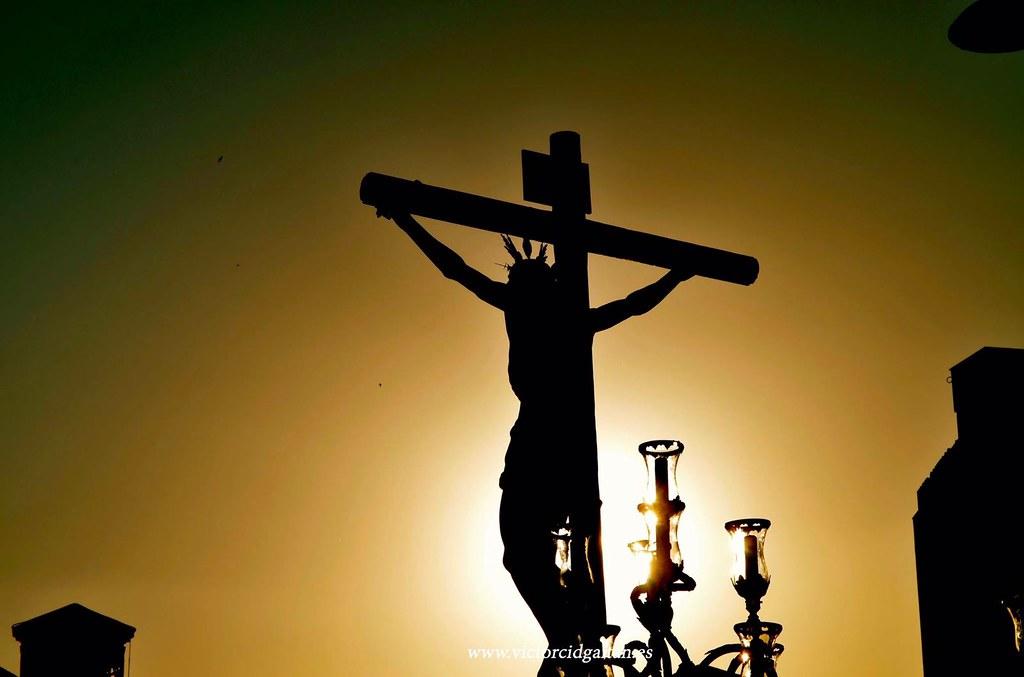 Quinto misterio durante el rezo del rosario.