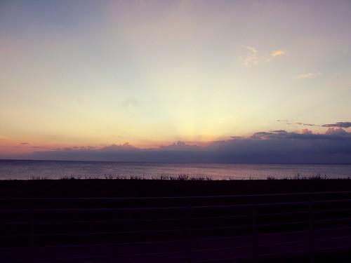 屏東 - 夕陽 | 真是幸福的一天,可以在阿里山看到日出 又在屏東看到這麼美的夕陽 如果還能看到滿天星星就 ...