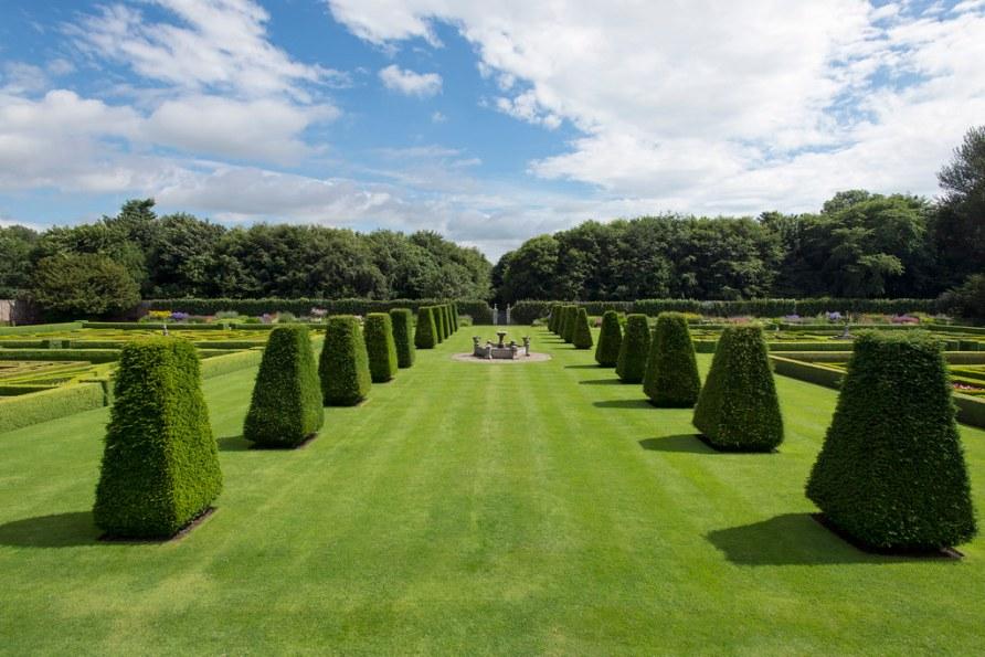SCO_Pitmedden_Garden_06