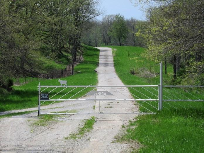 10-foot-wide concrete road