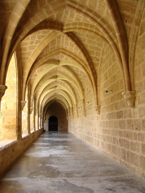 Galeria del claustro Monasterio de Piedra Nuevalos Zaragoza 49
