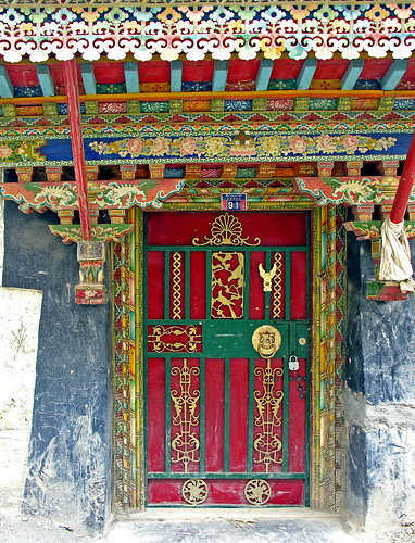 Tibet-5876 - Knock, Knock whos there?