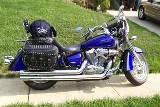 2005 blue black honda shadow 750 aero