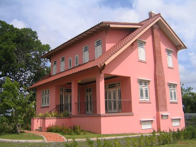 Vista de la Casa Museo Jess T Piero  La casa rosada