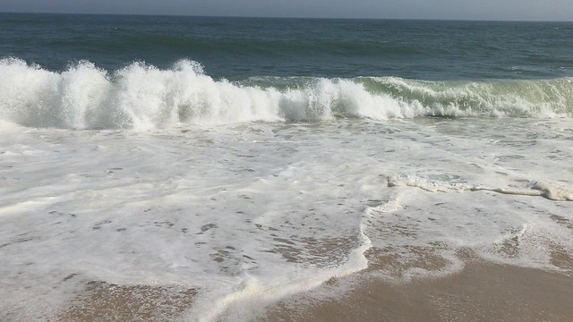 Choppy Water at Coopers beach