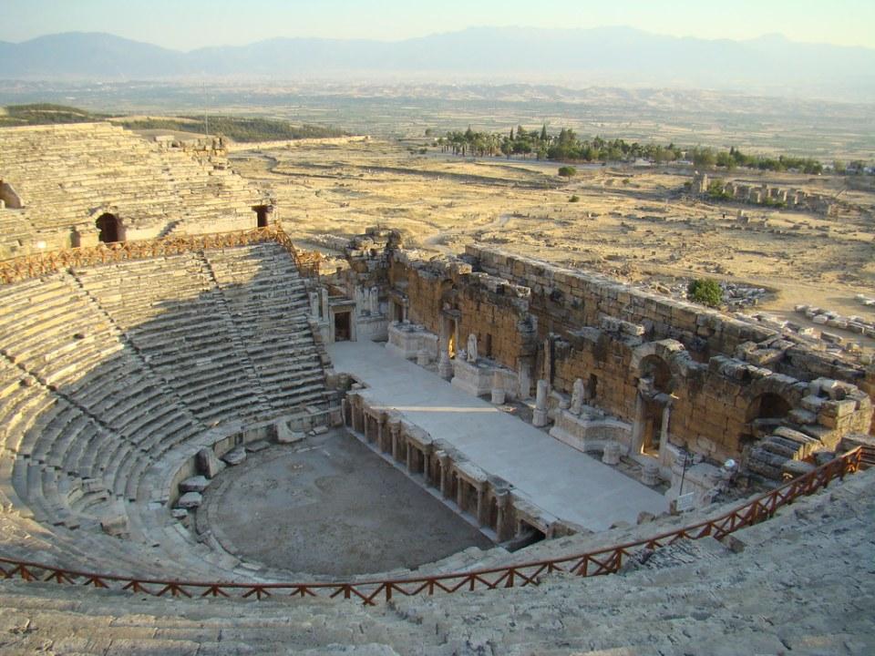 vista panorámica interior Teatro de antigua ciudad de Hierápolis Pamukkale Turquía 42
