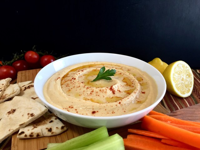 classic hummus with vegetables