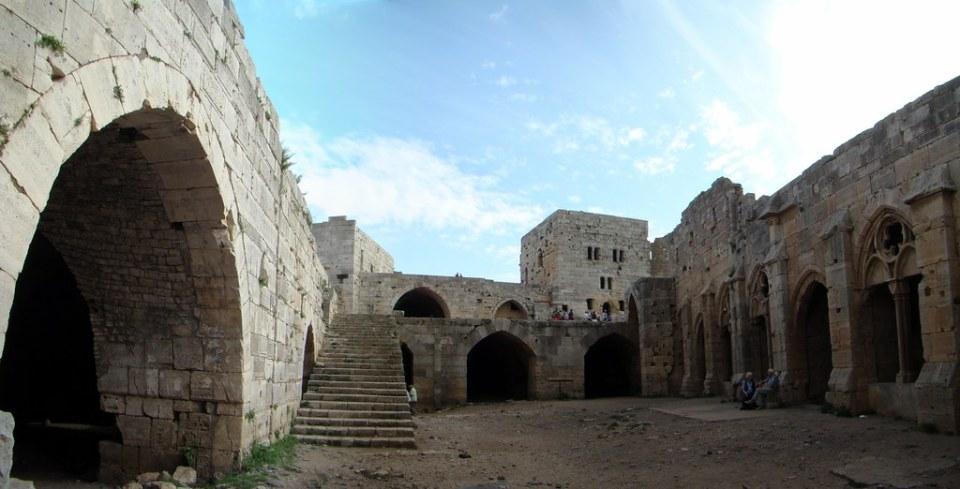 galeria claustro gotico Castillo Crac de los Caballeros Siria 19