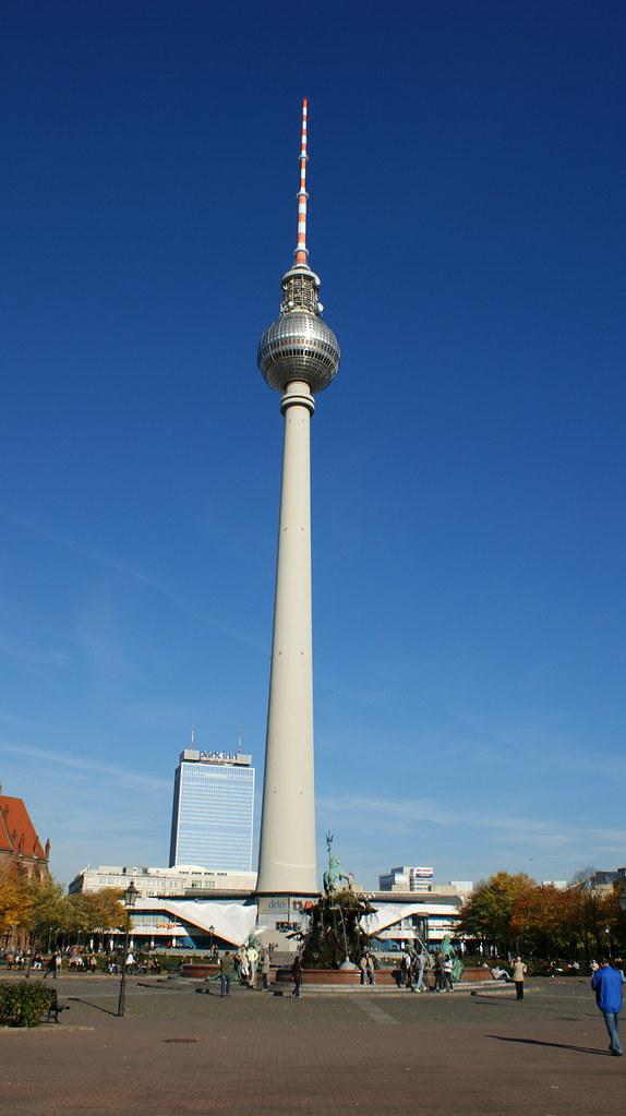 Berliner Fernsehturm Tower Dion Hinchcliffe Flickr