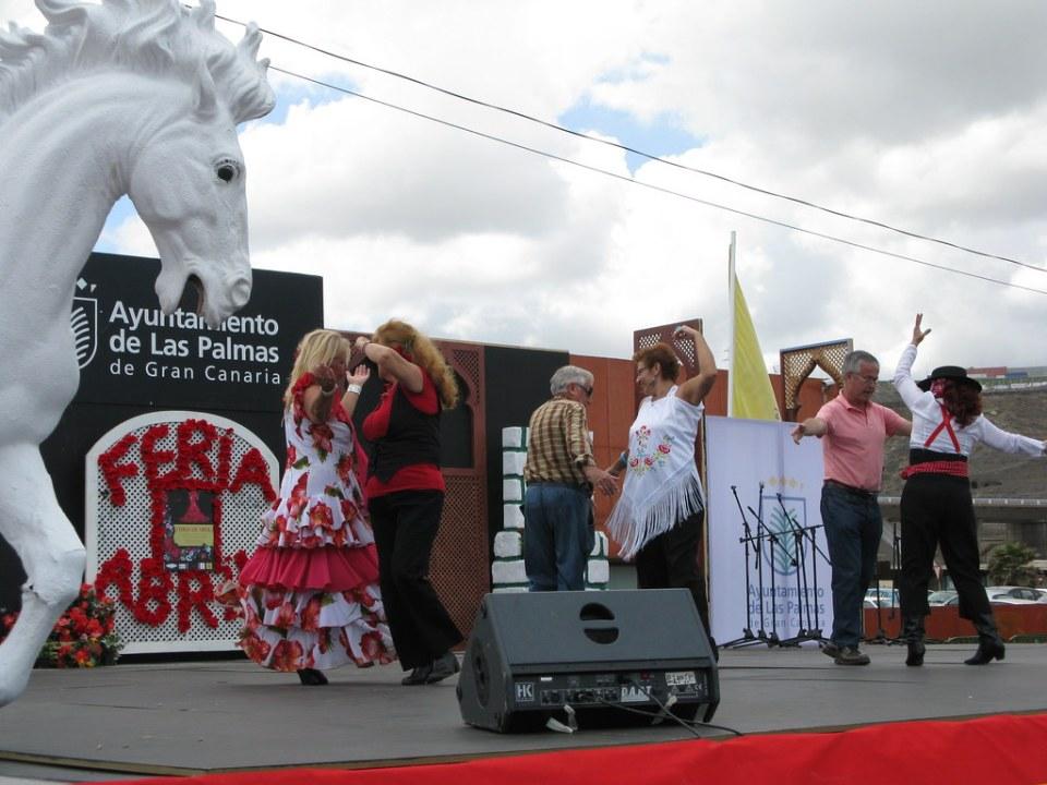 Bailando sevillanas 0009 Feria de abril en Las Palmas de Gran Canaria
