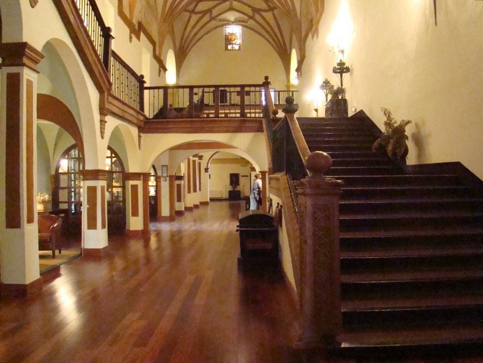 escalera doble boveda Monasterio de Piedra Nuevalos Zaragoza 11
