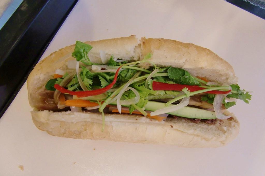 99 越南法國麵包 | 我一個人可以吃掉一整個 | ~妍~ | Flickr