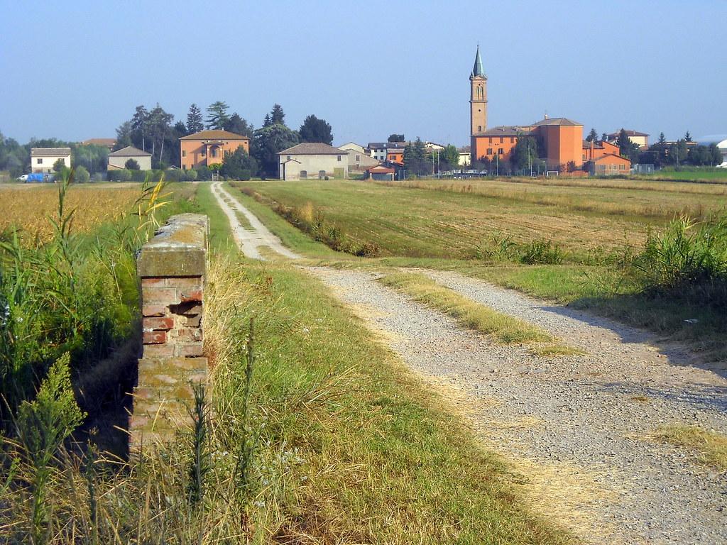 Paesaggio rurale  Scorcio di San Pietro Capofiume da Via