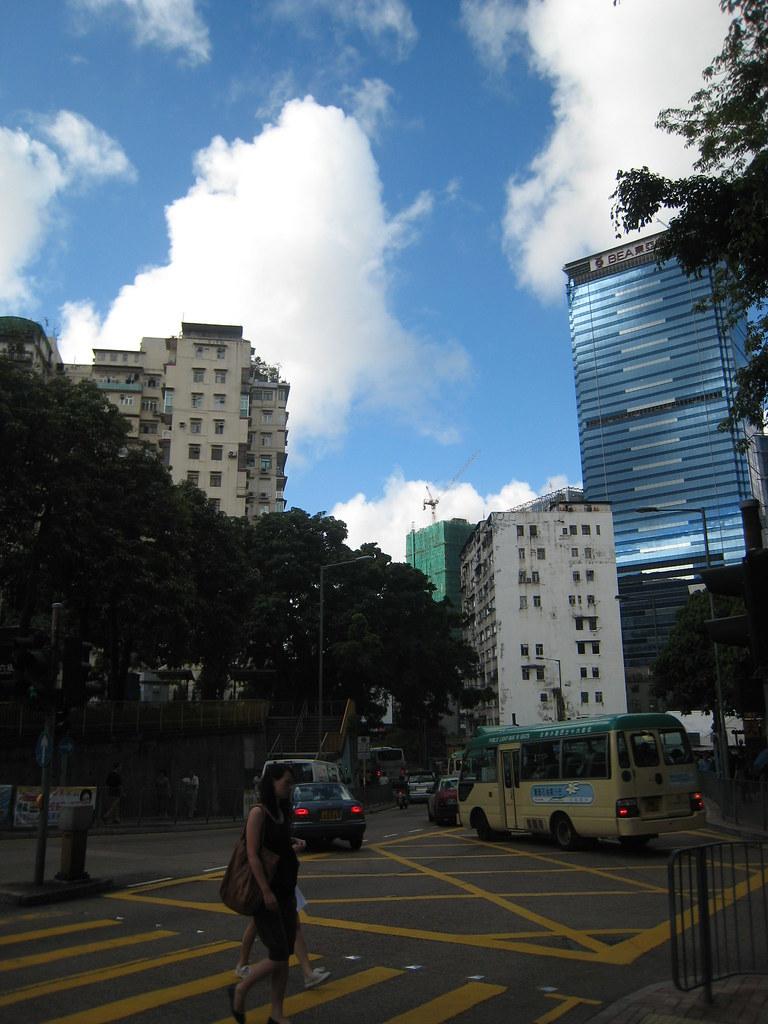 IMG_0843   官塘市中心重建區 快將清拆的月華街巴士站   yuen yan   Flickr