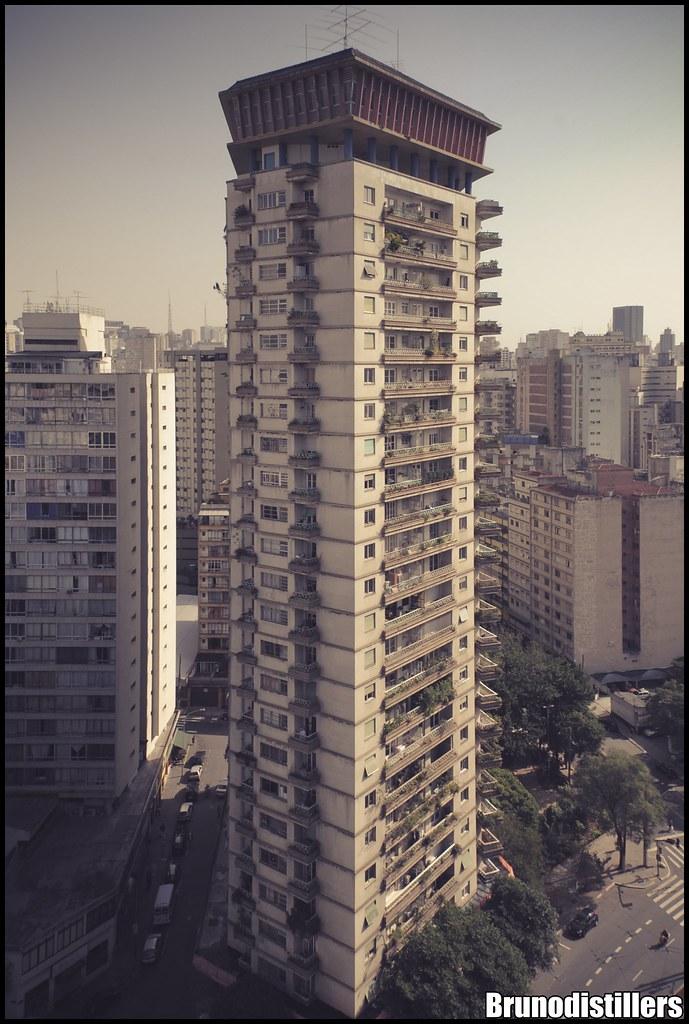 Edifício Viadutos   Idealizado na década de 50 por João Arta…   Flickr