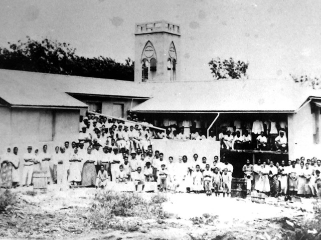 Congregation in Rota, 1936