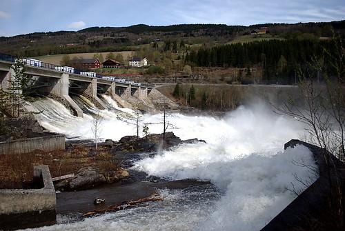 Hunderfossen Dam, Norway - Hydroelectric