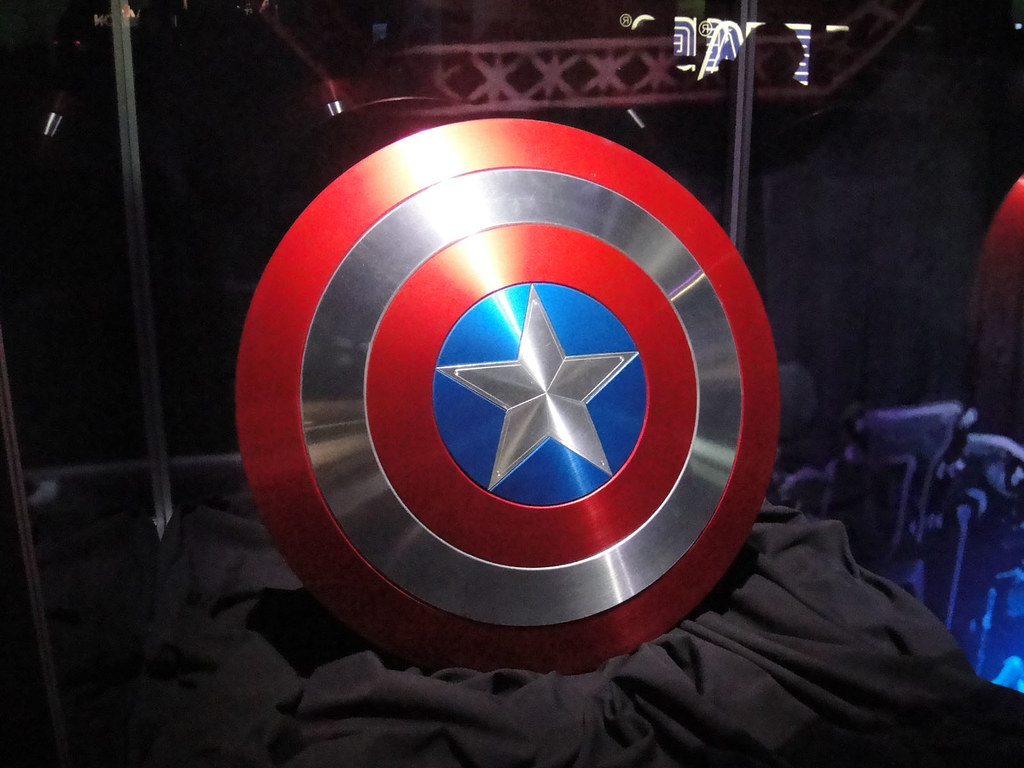Geek Wallpaper Hd E3 2011 Captain America S Shield From The Captain Americ