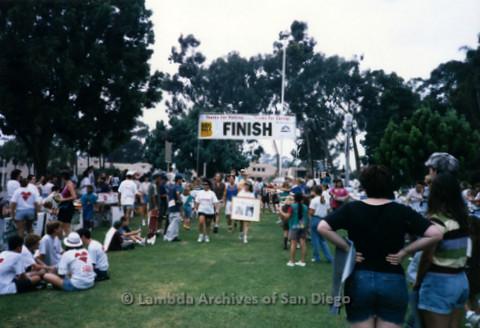 P197.041m.r.t AIDS Walk San Diego 1997: Finish line, grass area
