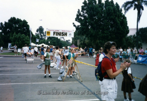 P197.042m.r.t AIDS Walk San Diego 1997: Finish line, parking lot