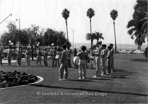 P116.033m.r.t San Diego Walks For Life 1986: Band performing on grass