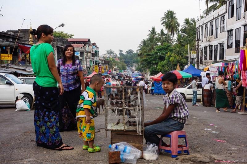 2013-05-05 Yangon - DSC09716-FullWM