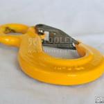 1229-Slip Hook Eye Type With Heavy Duty Safety Latch G80