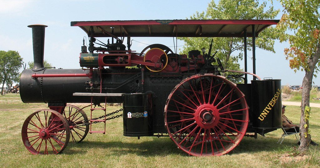 Advance Rumely Universal