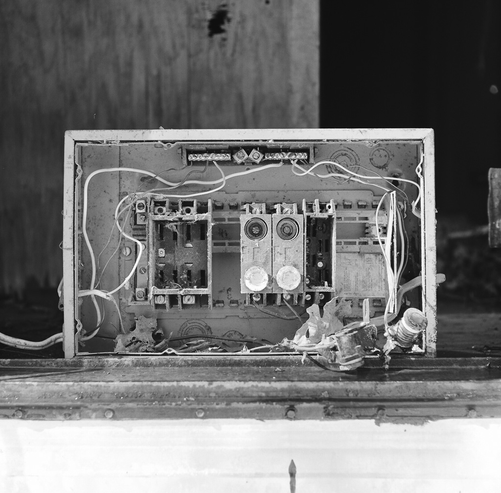 hight resolution of  old fuse box by citizen 4474