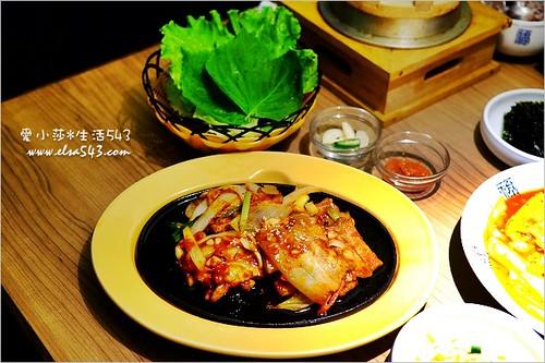 豆腐村 臺北豆腐村 五鐵秋葉原 非常百貨 | Elsa Chen | Flickr