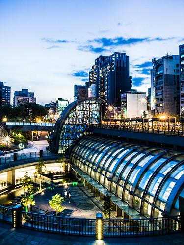 大安森林公園捷運站 | OLYMPUS DIGITAL CAMERA | 中岑 范姜 | Flickr