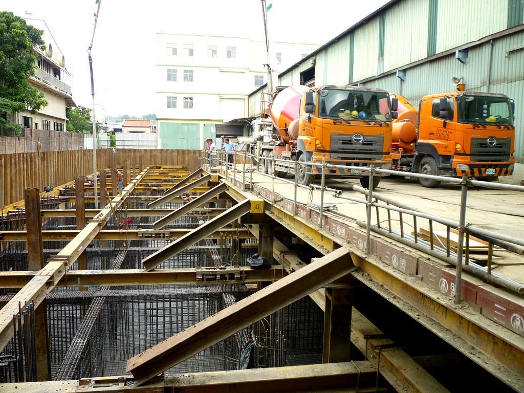 1030827開宏營造-經濟實業公司二橋段廠房新建工程 | Taiyeh | Flickr