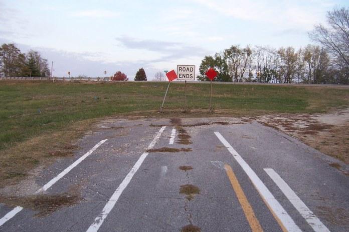 Drunken road striping