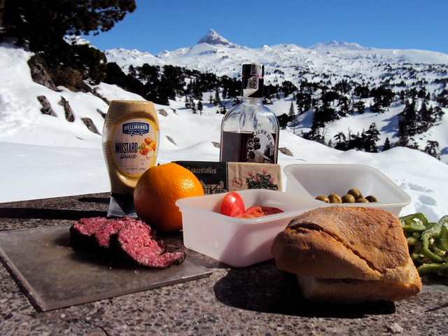 Picnic on the France-Spain border by bryandkeith on flickr
