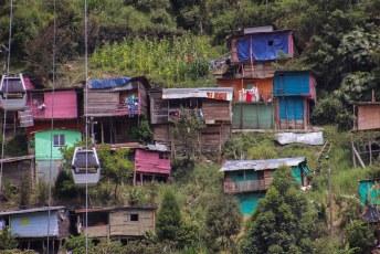 Weer terug in Medellin, in een andere buurt moeten de voordelen van een skilift nog incuberen.