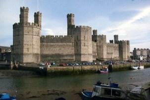 """Résultat de recherche d'images pour """"caernarfon castle"""""""