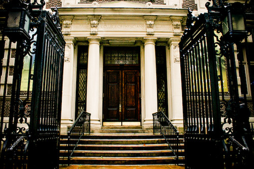 Mutter Museum entrance  amber_  Flickr