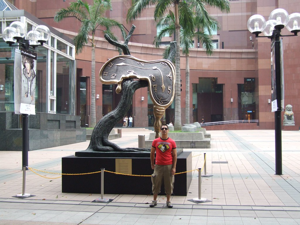 Salvador Dali Profile Of Time A Sculpture In Singapore