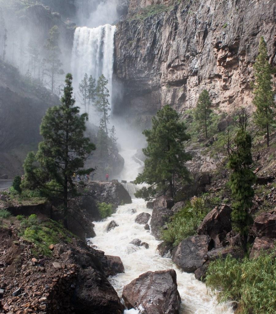 Cascada presa de Soria