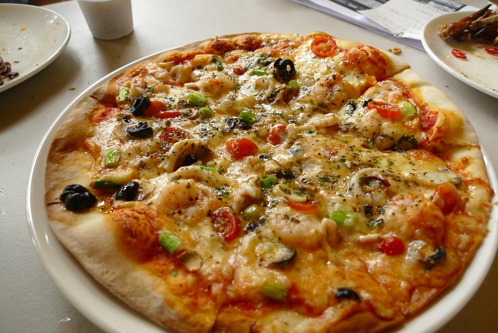 海鮮蘑菇披薩   全貌   Tim Wu   Flickr