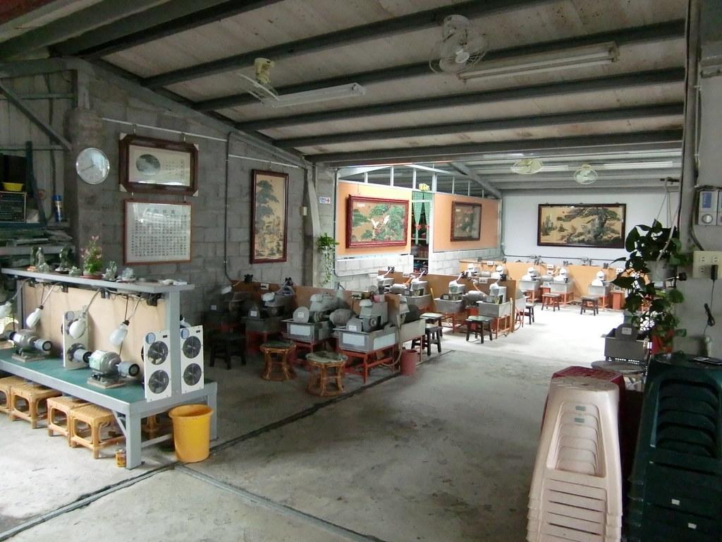 DIY玉石工坊 | 可以體驗玉石磨製的如豐琢玉工坊. 一次450含材料. 使用的是當地出產的豐田玉(現在改名在臺灣玉 ...