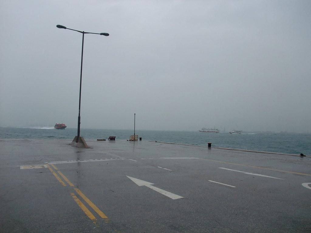 西區公眾貨物裝卸區碼頭   Martin Ng   Flickr