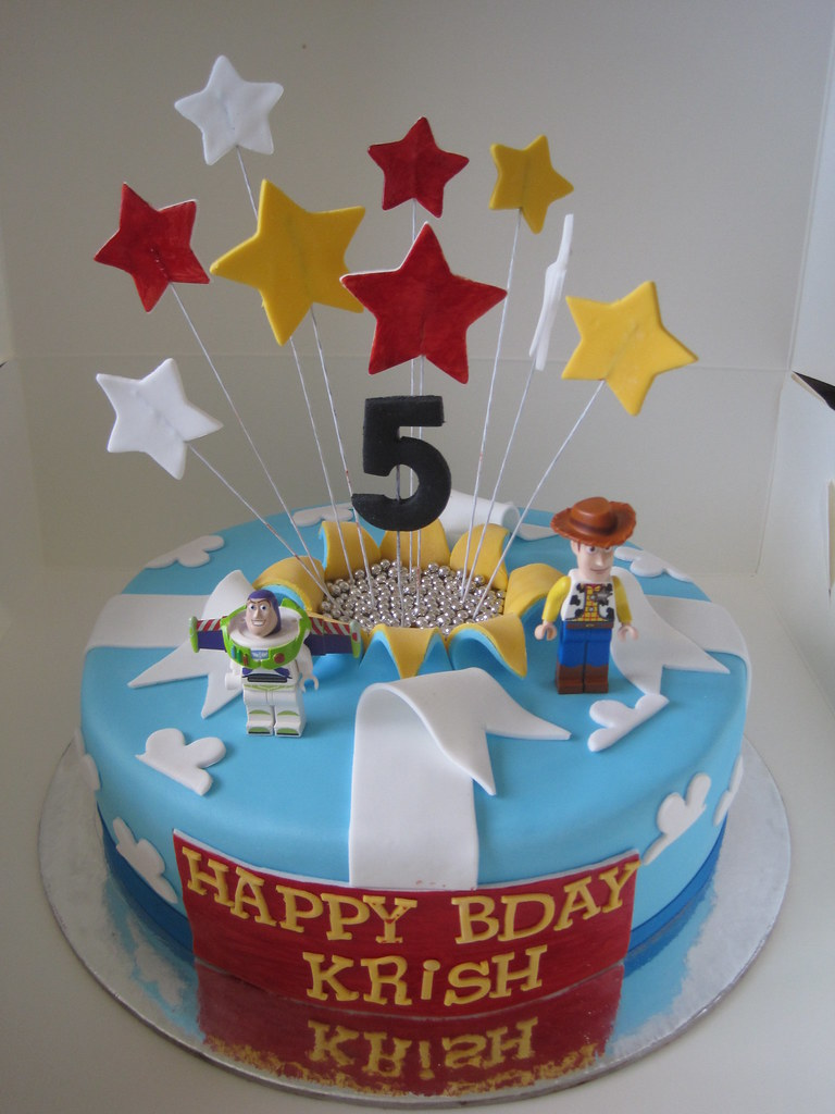 Toy Story Cake 8 Quot Dark Chocolate Mud Cake With Milk